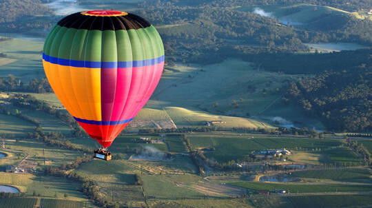 Hot Air Ballooning Over The Yarra Valley with Breakfast