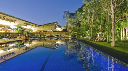 Byron Bay Overnight Getaway with Breakfast and Wine - For 2