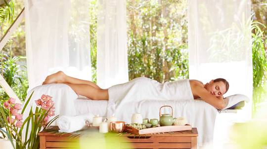 Luxury Facial And Back Massage