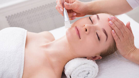 Aromatic Hot Stone Massage and Organic Facial - 90 Minutes
