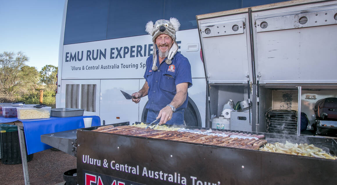 Uluru Tour with Sunset BBQ and Bubbles - Full Day