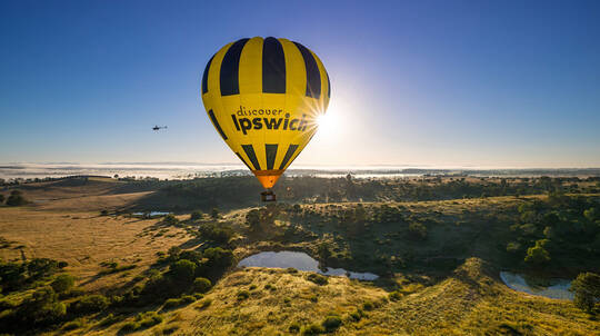 Hot Air Ballooning Over Greater Brisbane with Breakfast