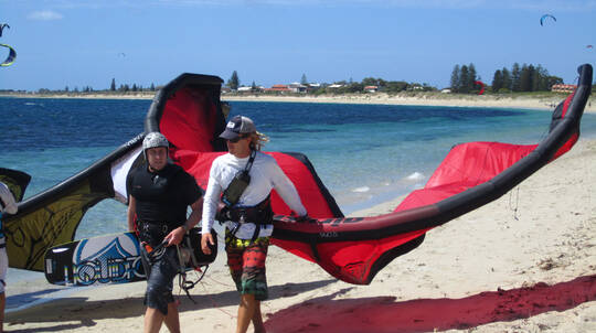 Kitesurfing for Beginners to Advanced- 6.5 Hour 3 Day Course
