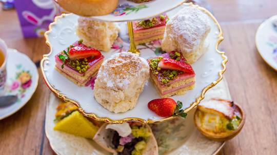Deluxe High Tea with Unlimited Champagne, Scones and Gift