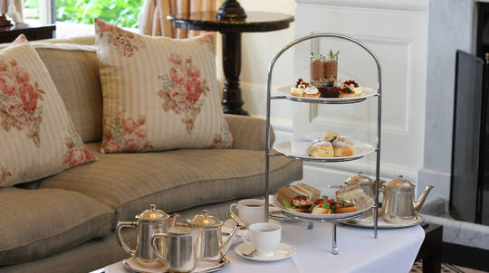 Deluxe High Tea in The Blue Mountains - For 2