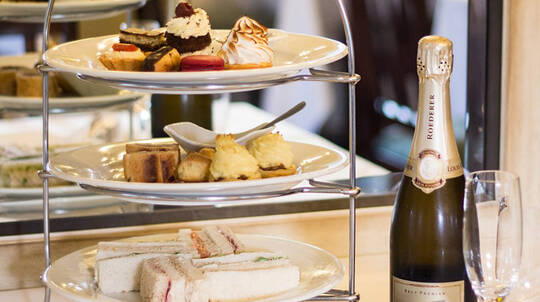 High Tea with French Champagne and Gift - For 2
