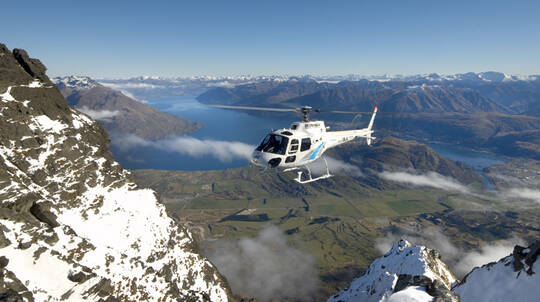 Half Day Private Helicopter Wine Tour in Gibbston Valley