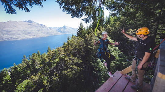Queenstown Ziplining and Wine Tour Combo