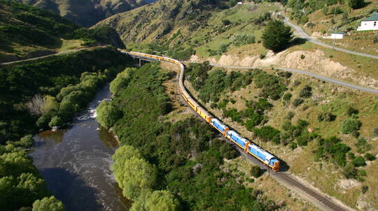 Dunedin to Waitati Scenic Rail Journey