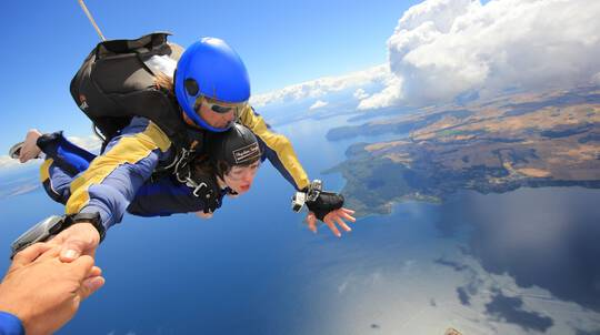 Tandem Skydive over Taupo - 12,000ft