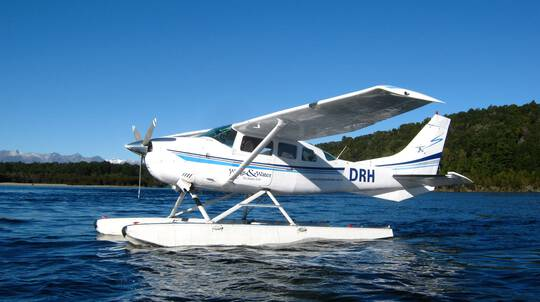 Kepler Mountain Jet Boat and Sea Plane Adventure
