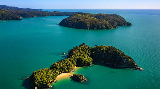 Fly Golden Bay and Cruise Abel Tasman Day Tour from Nelson