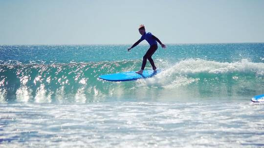 Learn to Surf on the Tutukaka Coast - 2 Hours