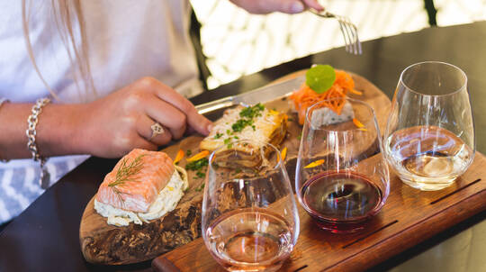 Half Day Central Otago Wine Tour with Lunch