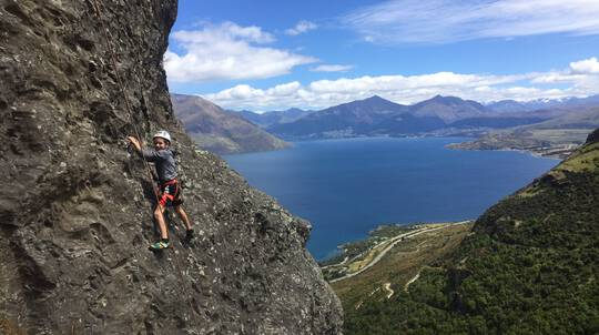 Queenstown Family Hike and Climb Combo